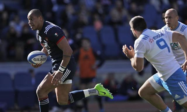 """<span class=""""element-image__caption"""">Gaël Fickou is chased by Italy's Edoardo Gori (No9) on the way to scoring a brilliant try for France.</span> <span class=""""element-image__credit"""">Photograph: Gregorio Borgia/AP</span>"""