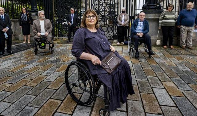 Northern Ireland: Stormont ordered to stop delaying compensation to Troubles victims