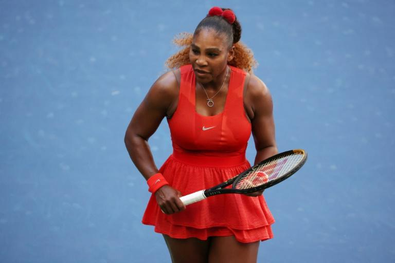 Serena Williams survives Sloane Stephens in third-round U.S. Open test