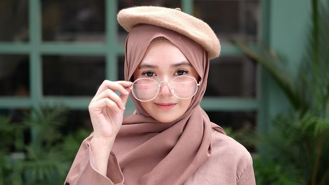 ilustrasi perempuan hijab/Photo by Fety Puja Amelia from Pexels