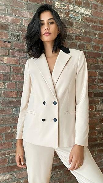 "<br><br><strong>Alice + Olivia</strong> Bergen Double Breasted Loose Blazer, $, available at <a href=""https://go.skimresources.com/?id=30283X879131&url=https%3A%2F%2Fwww.shopbop.com%2Fbergen-double-breasted-loose-blazer%2Fvp%2Fv%3D1%2F1590380238.htm"" rel=""nofollow noopener"" target=""_blank"" data-ylk=""slk:Shopbop"" class=""link rapid-noclick-resp"">Shopbop</a>"