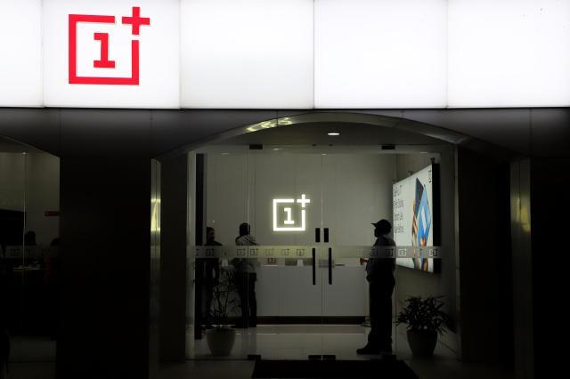 Customers are seen inside OnePlus Mobile Phone Showroom in New Delhi India on 16 February 2020 (Photo by Nasir Kachroo/NurPhoto via Getty Images)