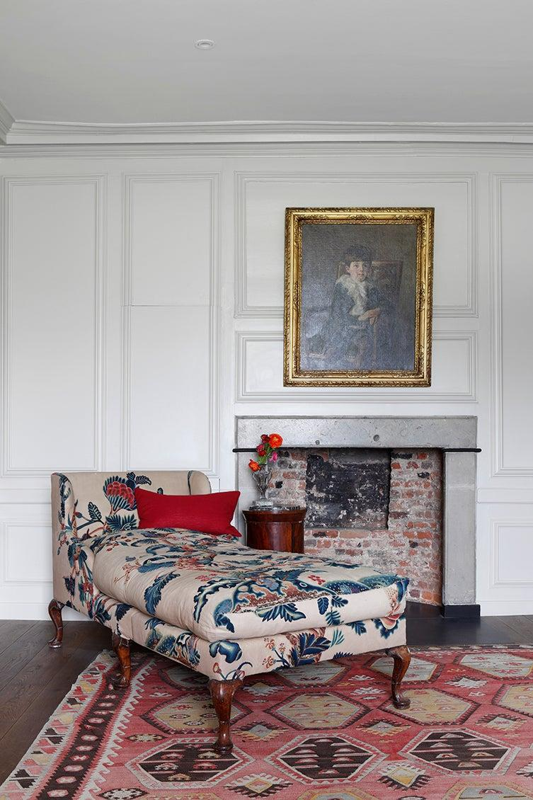 Gossip about the latest happenings in society (or binge Netflix) in style on a chaise longueVSP Interiors