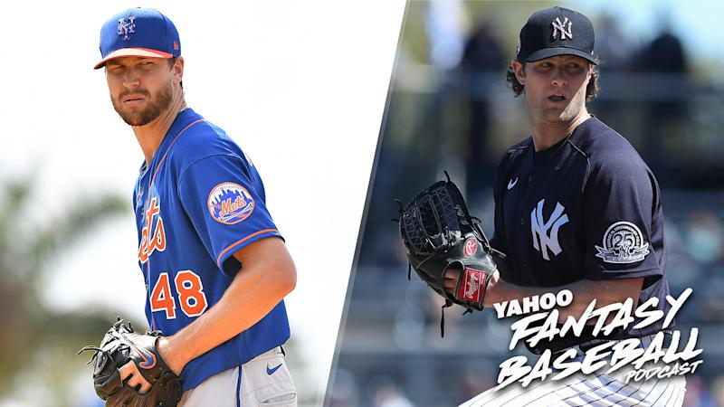 Jacob DeGrom (L) and Gerrit Cole (R) are two of the starting pitchers owners must decide between in the first round of fantasy drafts. (Photo by Mark Brown/Getty Images)