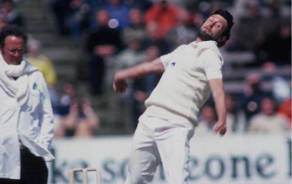 Mike Hendrick bowls against Australia at Edgbaston in 1981 - GETTY IMAGES