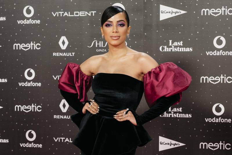 MADRID, SPAIN - NOVEMBER 08: Brazilian singer, songwriter, dancer, television host and actress Anitta attends 'Los40 music awards 2019' photocall at Wizink Center on November 08, 2019 in Madrid, Spain. (Photo by Mariano Regidor/WireImage)