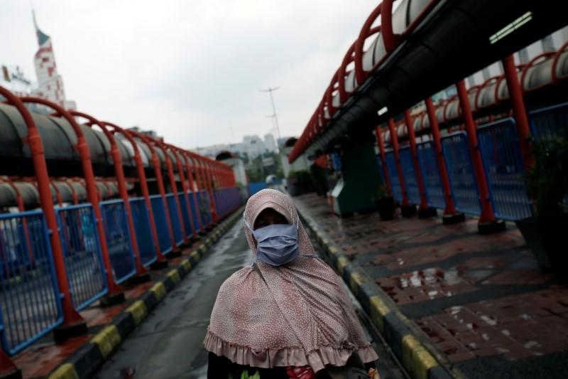 Indonesia reports highest daily rise in new coronavirus cases
