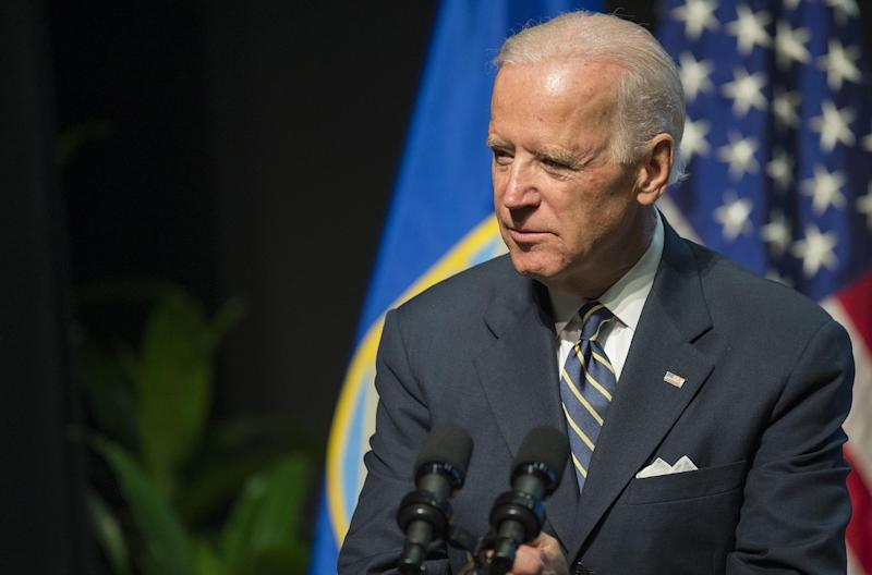US Vice President Joe Biden left on a five-day tour of Ukraine, Turkey and Morocco, with the ongoing struggle between Kiev and pro-Moscow rebels, as well as fighting in Syria topping his agenda