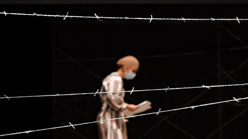 Romania Holocaust Play Photo Gallery