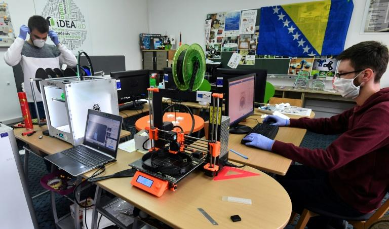 Five 3D printers are running around the clock at Zenica's Faculty of Engineering and Technology (AFP Photo/ELVIS BARUKCIC)