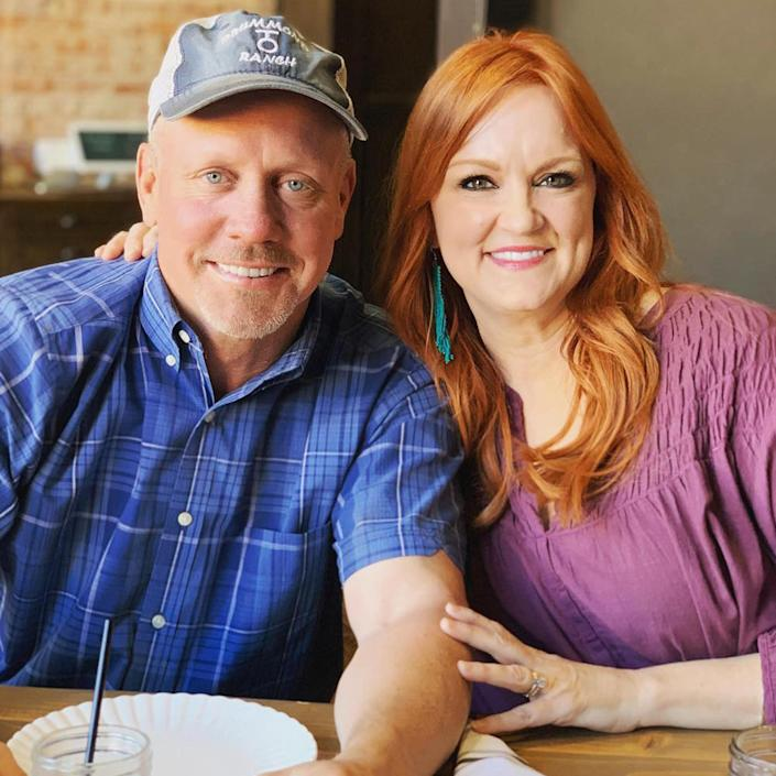 Ree and Ladd Drummond have been married for 25 years. (hepioneerwoman/Instagram)