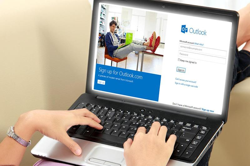 Outlook's Premium service exits invite-only beta, opens registration to U.S. customers