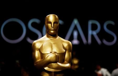 FILE PHOTO: An Oscar statue is seen during a media preview of this year's Academy's Governors Ball in Los Angeles, California, U.S., February 15, 2019. REUTERS/Mario Anzuoni