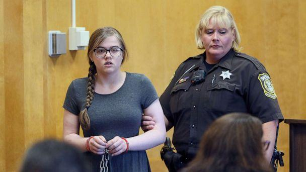 PHOTO: Morgan Geyser is led into the courtroom at Waukesha County Court, Aug. 19, 2016 in Waukesha, Wis. (Michael Sears/Milwaukee Journal-Sentinel via AP, FILE)