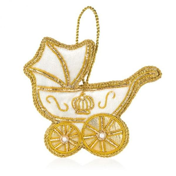A baby carriage for Louis by the Royal Collection Shop