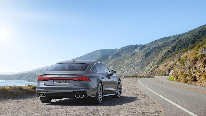 View Photos of the 2020 Audi S7