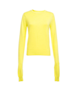 """<p>Gelber Strickpullover mit extralangen Ärmeln, 50€, <a href=""""http://www.frontrowshop.com/product/frs-yellow-convertible-knitted-sweater-with-long-sleeve"""" rel=""""nofollow noopener"""" target=""""_blank"""" data-ylk=""""slk:frontrowshop.com"""" class=""""link rapid-noclick-resp"""">frontrowshop.com</a></p>"""