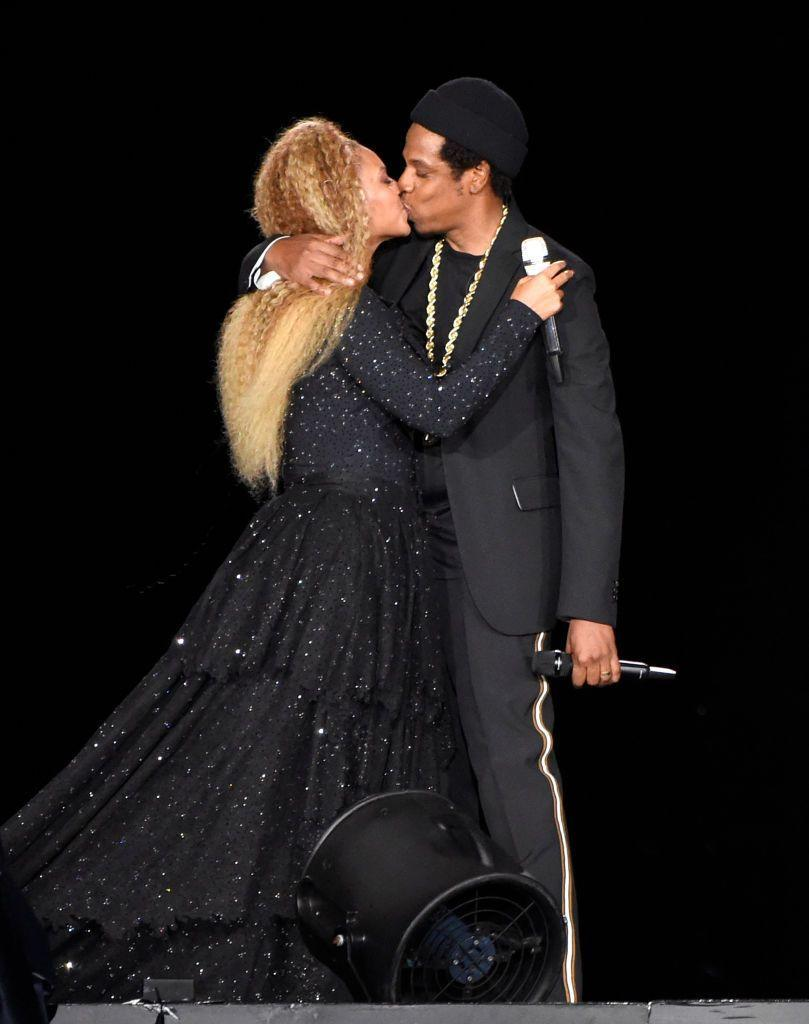 <p>The couple kissed at the end of their On The Run II concert in New Jersey in 2018.</p>