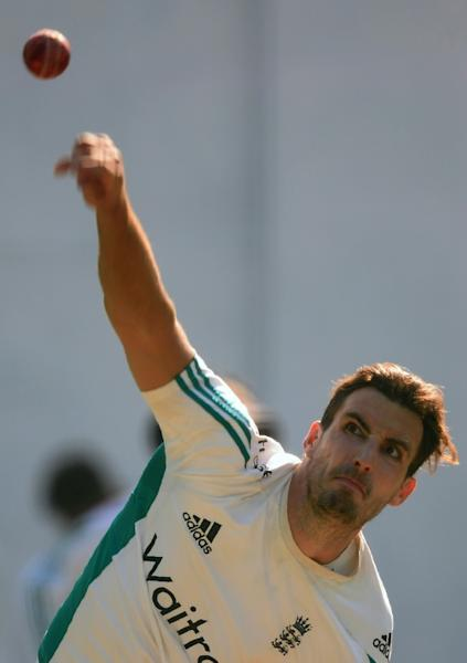 Steven Finn will replace David Willey in the England cricket team