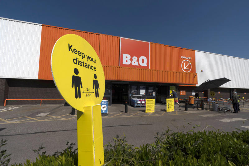 General view of social distancing signs after the store adopted safe measures to protect both customers and staff at home improvement store B&Q in Chiswick as lockdown restrictions start to ease after 7 weeks on May 15, 2020 in London, England. Photo: Ming Yeung/Getty Images