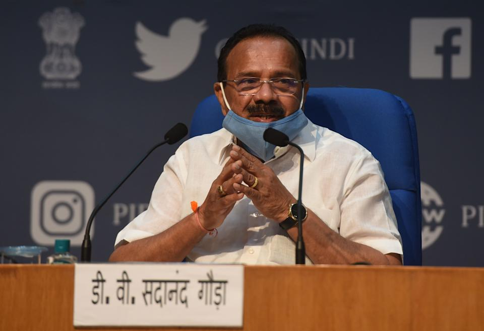 NEW DELHI, INDIA - JULY 27: Sadananda Gowda, Union Minister for Chemicals & Fertilizers, speaks during a press conference announcing new guidelines for setting up bulk drugs and medical devices parks, at National Media Centre on July 27, 2020 in New Delhi, India. (Photo by Vipin Kumar/Hindustan Times via Getty Images)