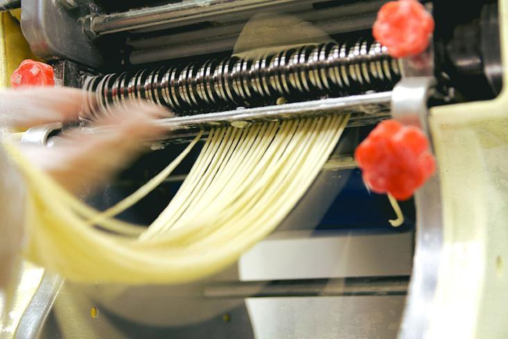 Making egg noodles by hand, with no 'kansui' (alkaline).