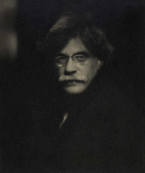 "In this platinum print photo entitled ""Self Portrait"" provided by Crystal Bridges Museum of American Art in Bentonville, Ark., the photographer Alfred Stieglitz poses in 1907. The Fisk Collection including pieces by Stieglitz and his wife, painter Georgia O'Keeffe, is scheduled to open at Crystal Bridges, on Nov. 9, 2013. (AP Photo/Crystal Bridges Museum of American Art Fisk Collection, Alfred Stieglitz)"