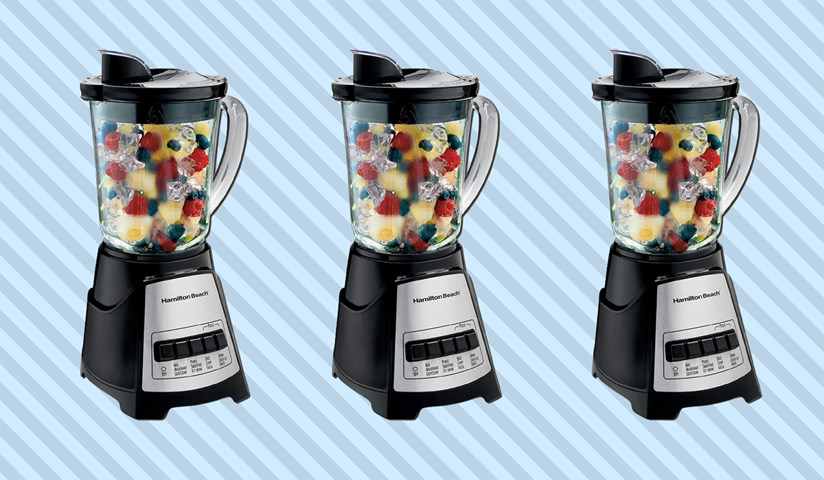 The Hamilton Beach Power Elite Blender packs — and makes — the perfect summer punch! (Photo: Amazon)