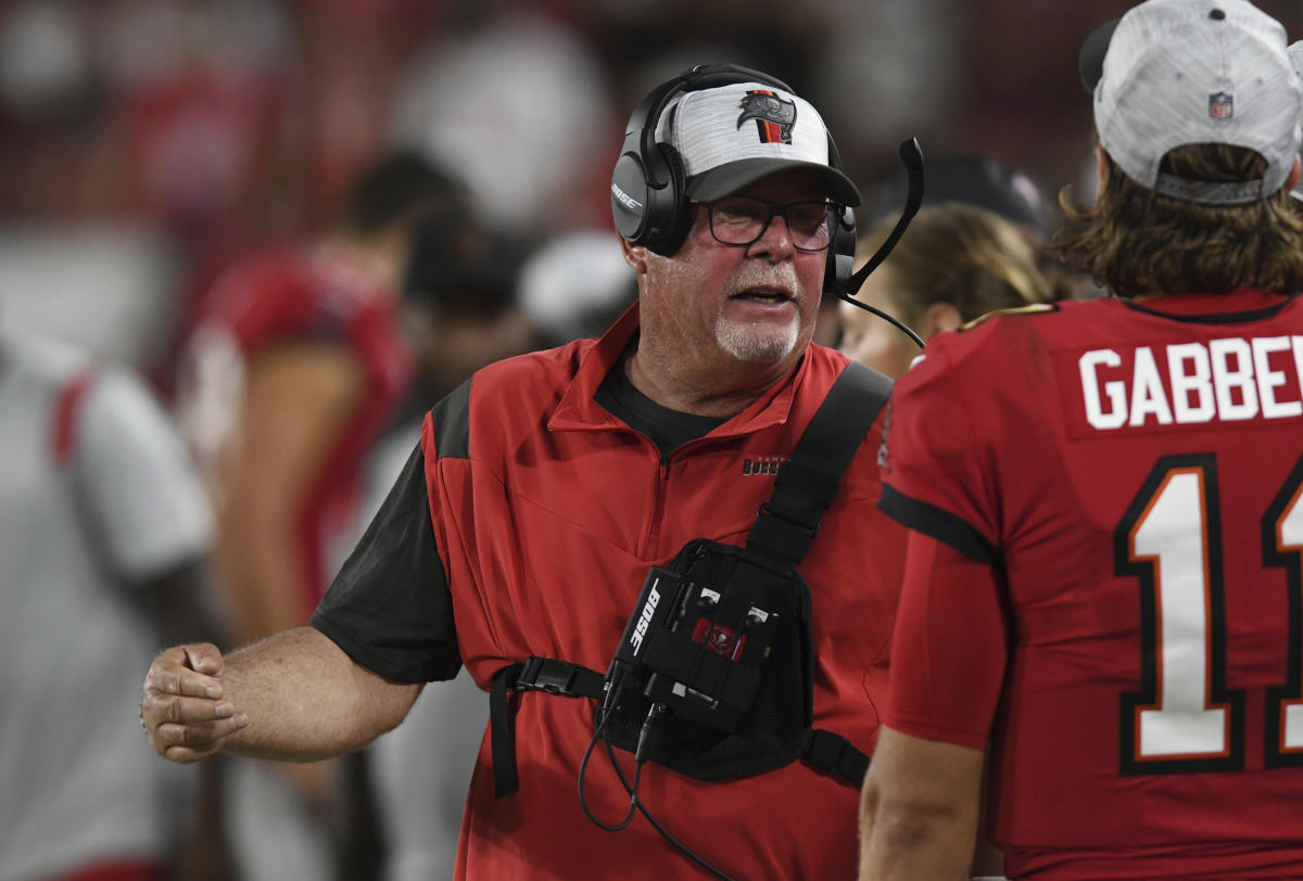 Bruce Arians using stricter COVID-19 rules for Bucs: 'I don't give a crap if they're vaccinated'