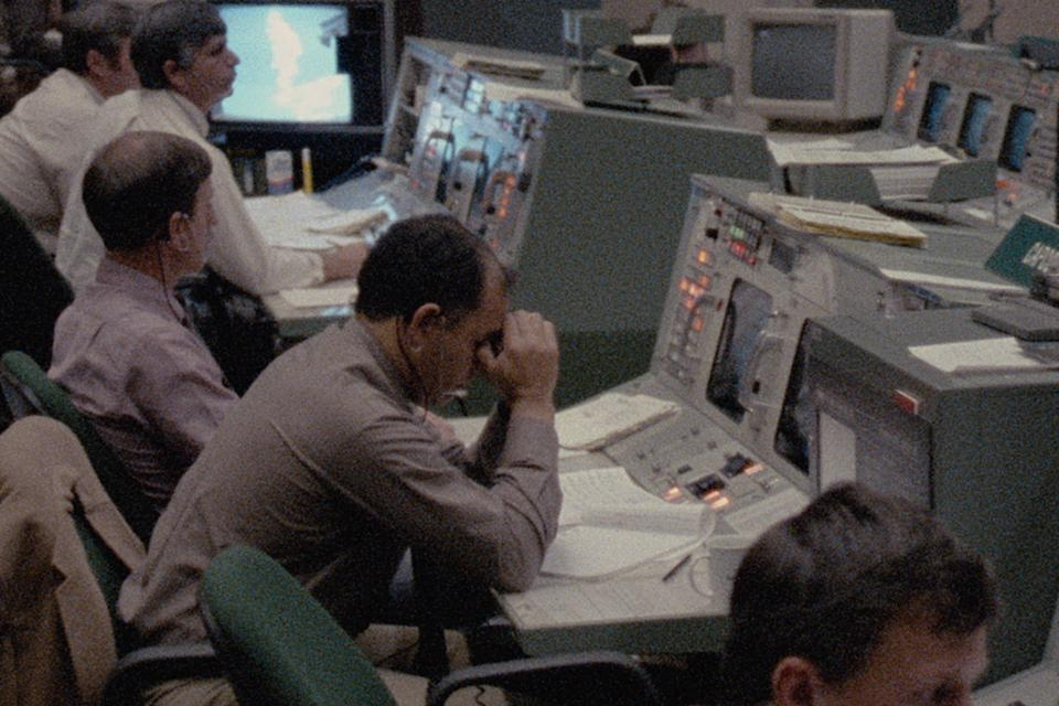 The NASA ground team after the Challenger tragedy. (Photo: Public Domain/NASA)