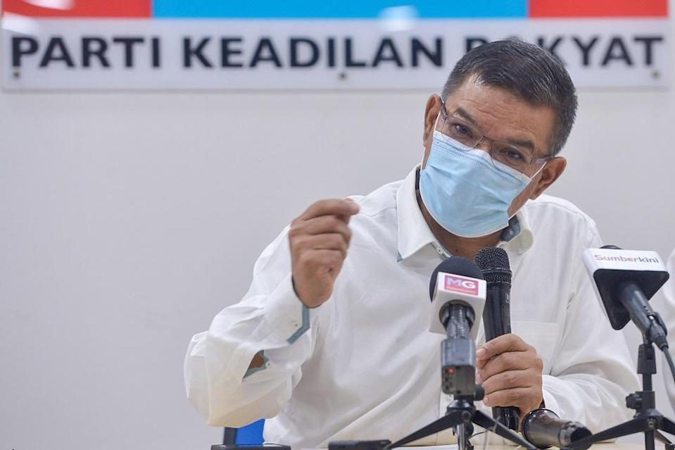 PKR secretary general Datuk Seri Saifuddin Nasution Ismail said during his term Muhyiddin had failed to guide the country during the pandemic a. — Picture by Miera Zulyana