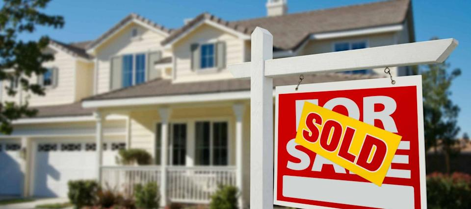 Homebuyers get back in the game as rates hit new lows, states start to reopen
