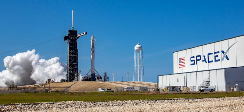spacex crew dragon falcon 9 rocket launchpad static test firing lc39a kennedy space center demo2 mission may 22 2020 49924807612_81105a059e_o