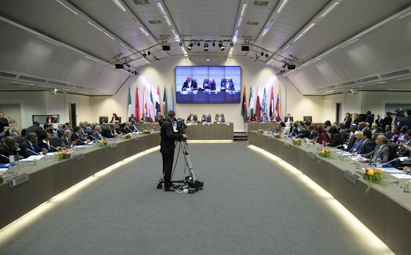 General view of a meeting of oil ministers of the Organization of the Petroleum Exporting countries, OPEC, at their headquarters in Vienna, Austria, Friday, May. 31, 2013. (AP Photo/Hans Punz)