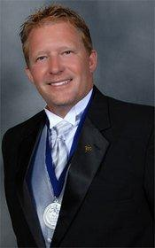 St. Louis Dentist on Teeth Whitening Treatments Offered at His Cosmetic Dentistry Practice