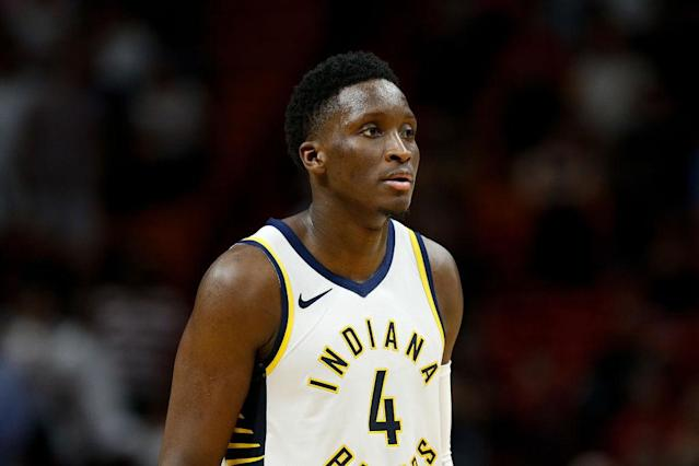 "<a class=""link rapid-noclick-resp"" href=""/nba/teams/ind"" data-ylk=""slk:Indiana Pacers"">Indiana Pacers</a> guard <a class=""link rapid-noclick-resp"" href=""/nba/players/5153/"" data-ylk=""slk:Victor Oladipo"">Victor Oladipo</a>'s return from right knee soreness is unknown. (Getty Images)"