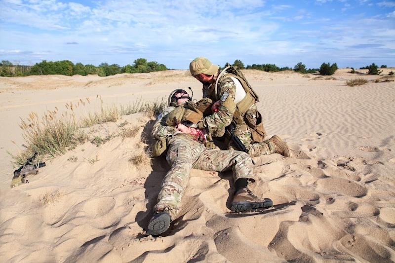 Super absorbent wound dressing will swell up to save soldiers' lives in combat