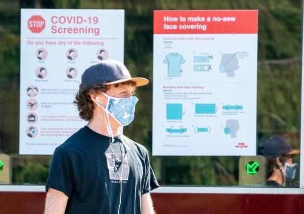 The third wave of the COVID-19 pandemic continues to recede in Ontario, the latest provincial data shows. (Frank Gunn/The Canadian Press - image credit)