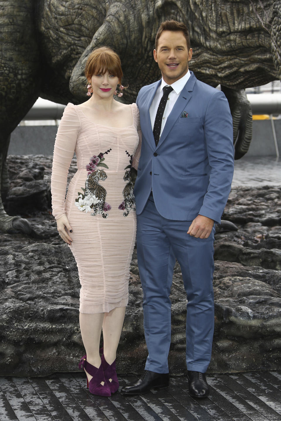 From left to right, actors Bryce Dallas Howard and Chris Pratt pose for photographers upon arrival at a photo call of Jurassic World: Fallen Kingdom, by Tower Bridge in central London, Thursday, May 24, 2018. (Photo by Joel C Ryan/Invision/AP)