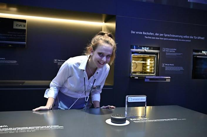 Siemens claimed a world first at Berlin's IFA tech fair with an oven that opens on voice command (AFP Photo/Tobias SCHWARZ)