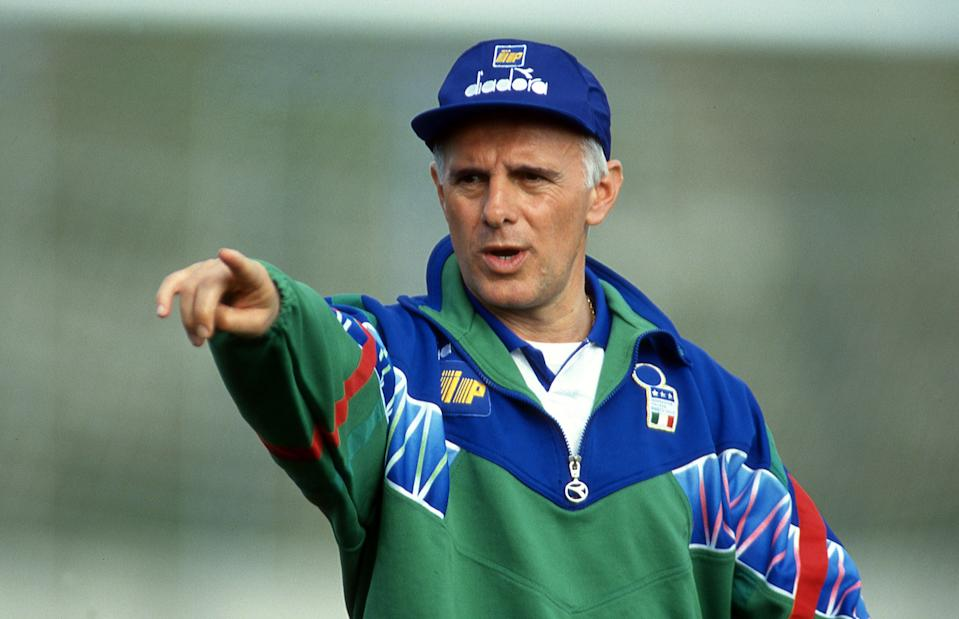 Arrigo Sacchi head coach of Italy during the training session on Centro Tecnico di Coverciano Florence 1996, Italy. (Photo by Alessandro Sabattini/Getty Images)