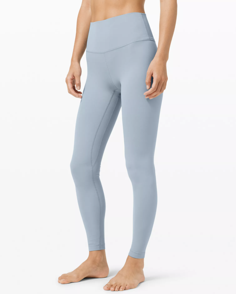 """<p><strong>Lululemon</strong></p><p>Lululemon </p><p><strong>$98.00</strong></p><p><a href=""""https://go.redirectingat.com?id=74968X1596630&url=https%3A%2F%2Fshop.lululemon.com%2Fp%2Fwomen-pants%2FAlign-Pant-Full-Length-28%2F_%2Fprod8780551%3Fcolor%3D38292&sref=https%3A%2F%2Fwww.cosmopolitan.com%2Fstyle-beauty%2Ffashion%2Fg29194509%2Fgifts-for-college-students%2F"""" rel=""""nofollow noopener"""" target=""""_blank"""" data-ylk=""""slk:Shop Now"""" class=""""link rapid-noclick-resp"""">Shop Now</a></p><p>These leggings are perfect for class, the gym, hangouts, and so many more places — the versatility! Did I mention that they're also buttery smooth?</p>"""