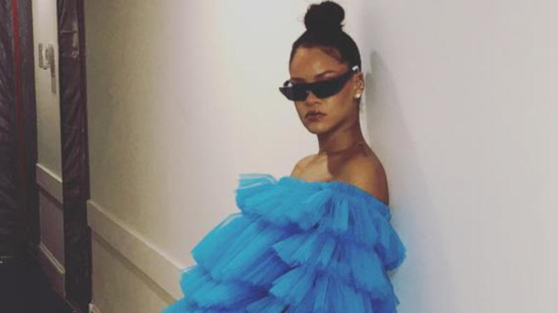 Here's How Rihanna Dresses For A Casual Tuesday