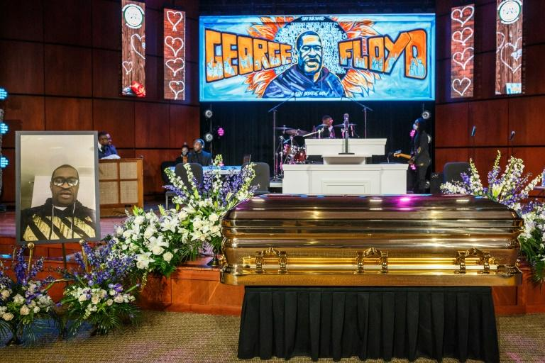 The casket containing the remains of George Floyd at a memorial service at North Central University in Minneapolis, Minnesota (AFP Photo/Kerem Yucel)