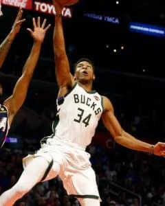 Look for Giannis Antetokounmpo to have a juicy stat line, as the heavily favored Bucks take on the Pistons in Milwaukee.