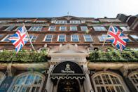 """<p><span>The Goring - where the Middletons stayed before the Royal Wedding - has <a href=""""https://www.prideofbritainhotels.com/hotels/the-goring/"""" rel=""""nofollow noopener"""" target=""""_blank"""" data-ylk=""""slk:a Royal Suite"""" class=""""link rapid-noclick-resp"""">a Royal Suite</a> that costs </span><b>£8,400</b><span> per night. Spanning the entire length of the hotel, the suite has two bedrooms and two bathrooms, plus sitting and dining rooms. Walls are adorned with the same fine silks that were used in the first-class dining room of the Titanic - also used in Buckingham Palace's Throne Room, just around the corner. You'll also get personally-chosen gifts and a dedicated footman ready to cater to your every whim, from organising picnics to ironing your newspapers. [Photo: Pride of Britain Hotels]</span> </p>"""