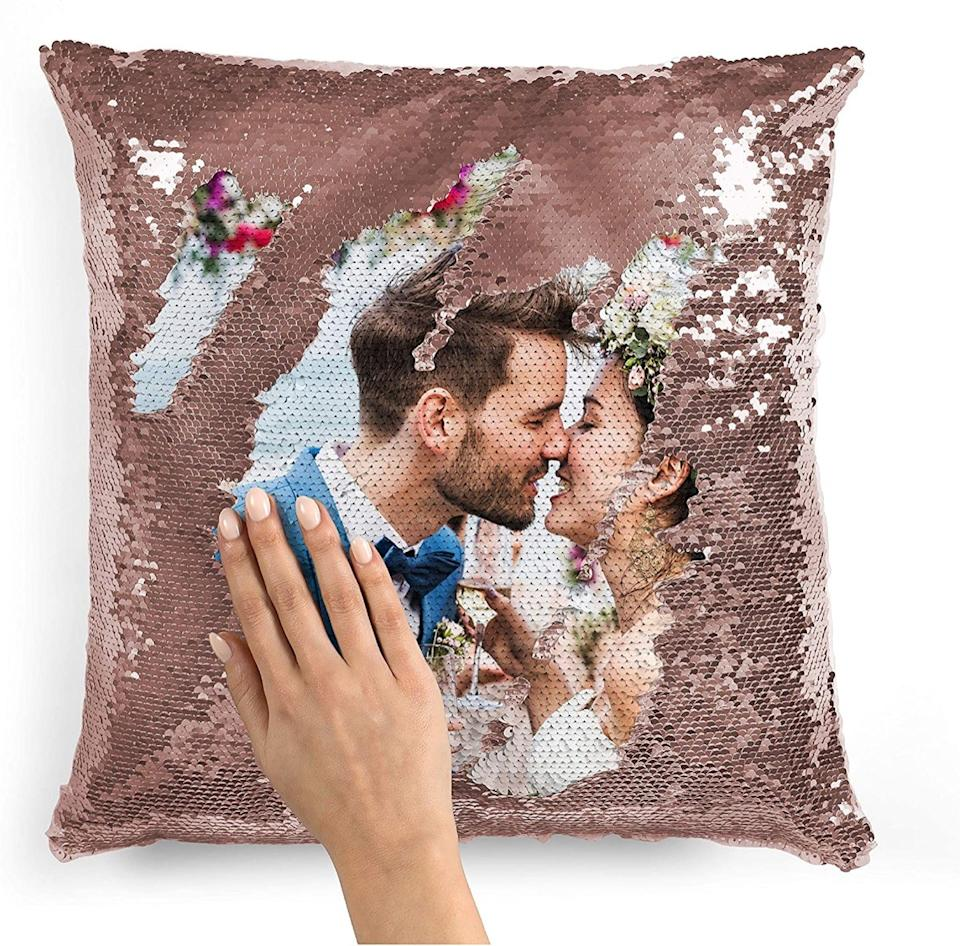 Sequin pillow case with image