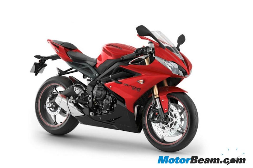 Triumph's Daytona 675 will be launched with a 675cc, 3-cylinder engine at Rs. 7 lakhs.