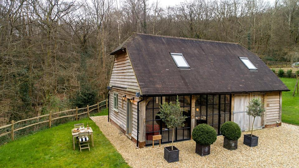 """<strong><a href=""""http://airbnb.pvxt.net/XxxaG4"""" rel=""""nofollow noopener"""" target=""""_blank"""" data-ylk=""""slk:The Old Bakery, Surrey"""" class=""""link rapid-noclick-resp"""">The Old Bakery, Surrey </a></strong><br><br>Located in the beautiful South Downs National Park, this two-room detached barn could be just the spot for <a href=""""https://www.refinery29.com/en-gb/best-industries-for-remote-working"""" rel=""""nofollow noopener"""" target=""""_blank"""" data-ylk=""""slk:remote working"""" class=""""link rapid-noclick-resp"""">remote working</a> before lockdown ends.<br><br><em>From £90 per night</em>"""