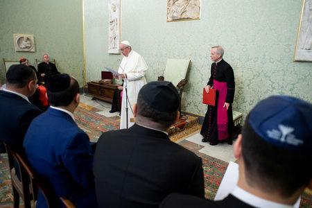 """Pope Francis meets a delegation of Rabbis from the """"World Congress of Mountain Jews"""" of Caucasus, during a private audience at the Vatican, November 5, 2018. Vatican Media/Handout via REUTERS"""